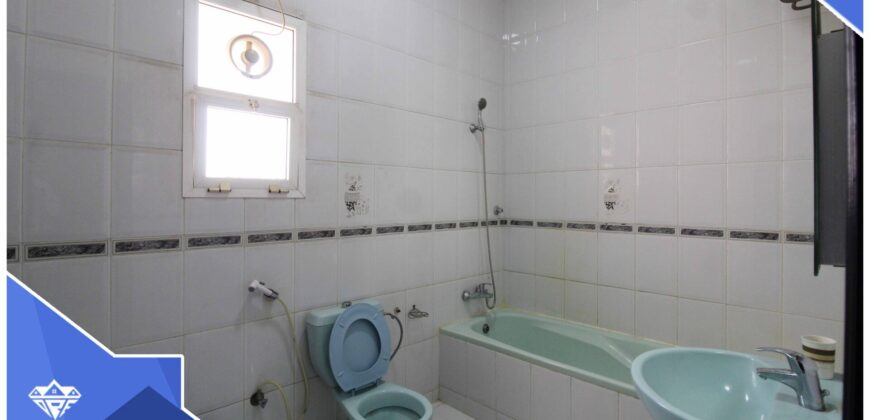 well designed 5 Bedrooms+Maid Room With Private Parking Villa For Rent in Azaiba At Prime Location.