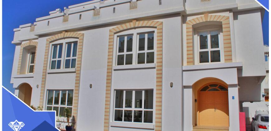 Beautiful Big 5 Bedrooms With Majlis + Maid Room Villa For Rent 600 OMR