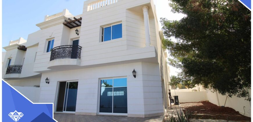 Beautiful 5 Bedrooms+Private Garden Villa For Rent in Shati Al Qurm. Opp.To Shati Al Qurm Park.