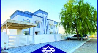4 Bedrooms & 6 Bathrooms Villa For sale in Al Ansab